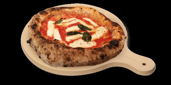 pizza michele in cucina
